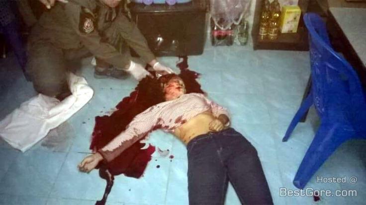 thailand-woman-shoot-child-herself-06